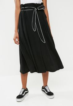 Feel confident and look good while you re on the go in this flattering skirt 0ac49bbcfb