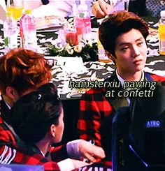 otp exo yup js Luhan seoul music awards xiumin xiuhan lumin 140123 luhan is so getting a kick out of this i know this has been gif'd like a hundred times but i really wanted a front angle one so