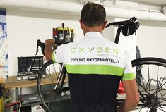 Bike storage with videosurvaillance and washing area