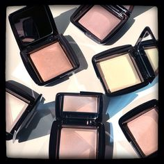 Products we <3: Hourglass Ambient Lighting Powders. Find your best light #Sephora.