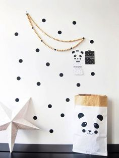 Opbergzak Panda - Zwart | MonpetitZoReoL | Gras onder je voeten . Papieren opbergzak.
