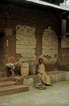 Wattle And Daub, Vernacular Architecture, African History, Back In The Day, Traditional House, Ghana, Textile Art, Photo Galleries, Culture