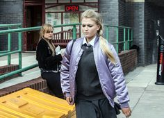 Bethany tells Sarah she's not getting on the plane Lucy Fallon, Coronation Street Spoilers, David Platt, Hollyoaks, Soap Stars, Allotment, Funny Animal Pictures, Betty Boop, Soaps