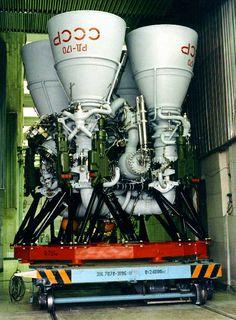 rd 170 Rocket Engine, Jet Engine, Rocket Motor, Space Launch, Space Rocket, Nasa Space, Drone Technology, Space Program, Space Shuttle