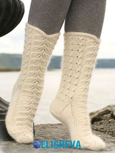 DROPS socks with cables and lace pattern in Merino and Kid Silk. Free pattern by DROPS Design. Lace Knitting, Knitting Socks, Knitting Patterns Free, Free Pattern, Yoga Shoes, Magazine Drops, Knit Shoes, Crochet Socks, Colorful Socks