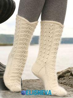Красивые ажурные носки от Drops Design вязаные спицами
