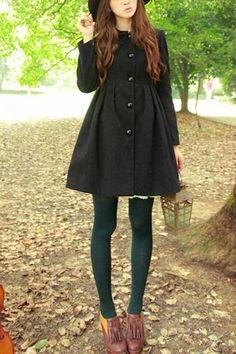 Black Japanese coat, green tights and brown booties Cute Fashion, Look Fashion, Korean Fashion, Mode Style, Style Me, Japanese Coat, Mode Mori, Green Tights, Look Retro