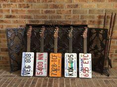 License plate mandolins and ukuleles. Visit : www.innerstatemusiccompany.com Mandolin, Vintage Guitars, Ukulele, Plate, Music, Art, Musica, Art Background, Dishes