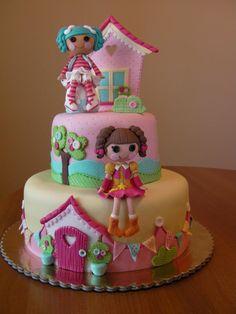 Sew gorgeous #Lalaloopsy #fondant #cake