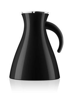 Vacuum jug by Eva Solo