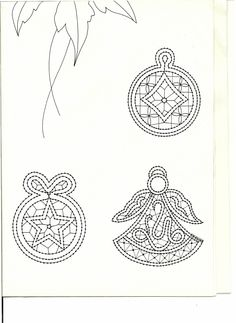 renda de bilros / bobbin lace Natal / Christmas Bobbin Lace Patterns, Lacemaking, Point Lace, Needle Lace, Paper Quilling, Compass Tattoo, Christmas Themes, Tatting, Techno