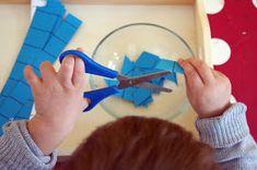 Emil und Mathilda: Übungen zum ersten Schneiden Baby, Early Education, Studying, Kindergarten, Day Care, Handarbeit, Crafting, Baby Humor, Infant