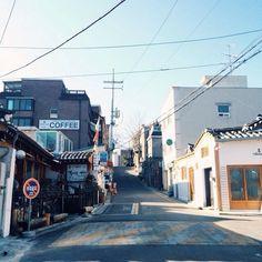 hstranger_ / #vscocam #chebudong #vintageseoul #체부동 #서울 #골목 / 서울 종로 체부 / #골목 #길 / 2013 12 30 /