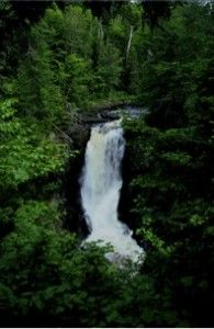 """""""Top 8 Waterfalls to Visit in Maine"""""""