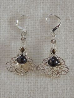 Black Pearl SIlver Flower Earrings by StitchMetal on Etsy, $10.00