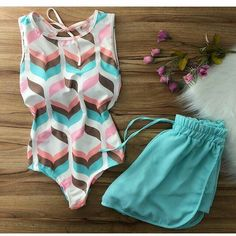 ane Kelly 🌸 в Instagra Crop Top Outfits, Edgy Outfits, Summer Outfits, Cute Outfits, Fashion Outfits, Teen Fashion, Womens Fashion, Vetement Fashion, Cute Bathing Suits