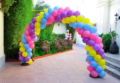 Shopkins Balloon Arch Design by @Fantasyparty #shopkins #fantasyparty #kidsbirthday