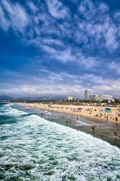 Los Angeles – Santa Monica Beach, California- First and last stop when we visit! Pacific Coast Highway, Dream Vacations, Vacation Spots, Places To Travel, Places To See, Newport Beach, San Diego, Las Vegas, California Dreamin'