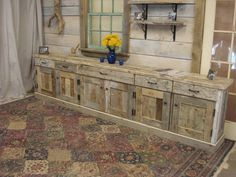 Sideboard Cabinet, Armoire Buffet, Rustic Farm Table, Rustic Kitchen, Kitchen Ideas, Table Shelves, Built In Shelves, Luxury Furniture, Furniture Sets