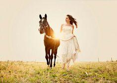 Wedding photo with horse