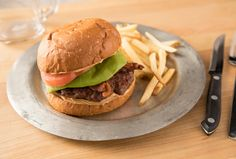 Peanut Butter Burger, Butter Burgers, Barbecue Burgers, Beef Burgers, Bbq, Grilling Recipes, Beef Recipes, Grilling Ideas, Hamburger Recipes