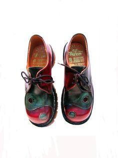 new arrival 24286 8ec5e Vintage 1980s Yin Yang DR MARTENS Doc Martens NaNa Gibson Shoes from  England Wms U.S. 5 1 2
