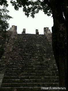 Templo de los Guerreros. Zona Arqueológica Maya de Chichén Itzá (Yucatán, México).