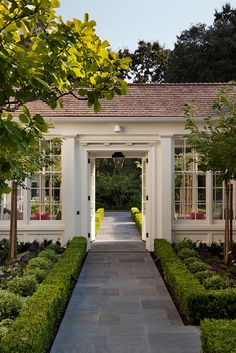 A Turn-Of-The-Century Home Flourishes Once Again - Luxe Interiors + Design Porte Cochere, Breezeway, Building A New Home, Porches, Exterior Design, House Tours, Landscape Design, House Landscape, Garden Design
