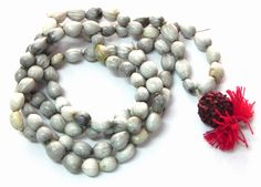 Happy to share that I am ordering my Vaijayanti Mala-White 7mm  (religious items) from the ibhakti store  http://www.ibhakti.com/temple/store/