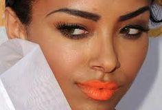 batom laranja para negras