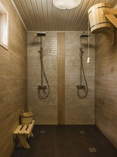 Of all the facilities you can use in a spa, the most popular one has to be a sauna. Sauna House, Sauna Room, Sauna Shower, Shower Tub, Diy Bathroom Remodel, Bathroom Spa, Saunas, Piscina Spa, Building A Sauna