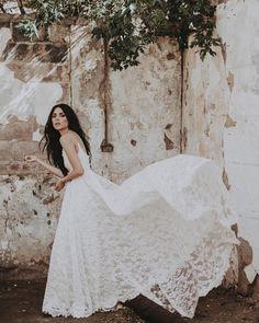 Chantel Lauren (@chantellaurendesigns) Our Annie O gown