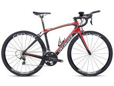 Die neusten High-Tech-Bikes für Frauen von Specialized. Für weitere Infos: www.proudmag.com