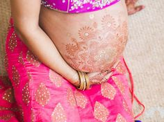 This Photo Shoot With A Pregnant Woman As A Model Is Absolutely Stunning Traditional Indian Wedding, Big Fat Indian Wedding, Stunningly Beautiful, Absolutely Stunning, Maternity Pictures, Pregnancy Photos, Indian Henna, Indian Wedding Ceremony, Photoshoot