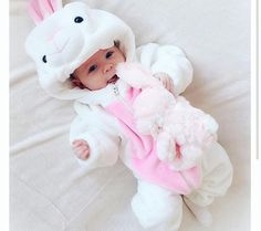 Rare Baby Names 2016 for Girls Baby Girl Pictures, Cute Baby Videos, Cute Baby Pictures, Cute Little Baby, Cute Baby Girl, Little Babies, Baby Girl Toys, Funny Babies, Cute Babies