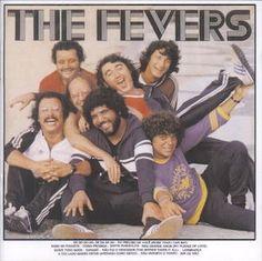 """Encore un album extrêmement formaté de The Fevers : The Fevers (1981). e principe semble immuable et sans surprise. Vous prenez deux ou trois tubes internationaux qui vous servent de vitrine. Cette fois-ci le """"De do do do, de da da da"""" de The Police composé..."""