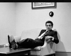 Nicky Scarfo hanging out in the courthouse during a break in the Vincent Falcone Murder trial Real Gangster, Mafia Gangster, Little Nicky, Mafia Crime, South Philly, Organization Skills, Al Capone, Be The Boss, Great Photos