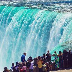 Niagara Falls, photo by @extremenature