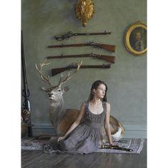 撃つ女:銃を持つ彼女たちのギャラリー