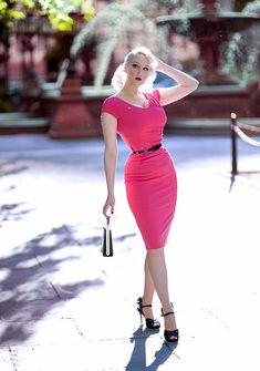 Eleganz im Stil der . Cute Dresses, Vintage Dresses, Vintage Outfits, Trajes Pin Up, 1950s Fashion, Vintage Fashion, Mode Pin Up, Fashion Models, Girl Fashion