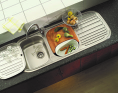 The Franke Quinline stainless steel sink makes meal prep a breeze. Manage your main kitchen processes; such as dish washing, chopping and rinsing, all from one spot by adding a chopping board and a draining basket accessory. Stainless Steel Sinks, Bath Caddy, Dishwasher, Prepping, Basket, Kitchen Appliances, Breeze, Meal Prep, Board