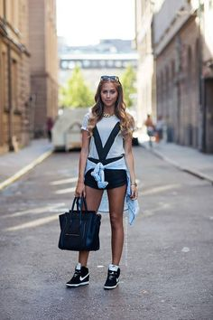 sporty but elegant! love the sneakers and the bag <3