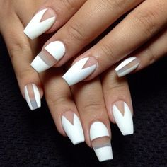 Coffin nails with negative space #whitenails #nailart #negativespace