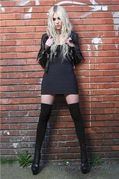 Taylor Momsen ✾ of The Pretty Reckless Taylor Momsen Style, Taylor Michel Momsen, Taylor Momson, Steam Punk, Estilo Rock, Avril Lavigne, Celebs, Celebrities, Dark Fashion