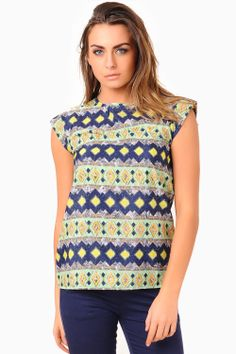 Upgrade your look with this printed top. Team up with your favourite jeans for a chic take on daywear, or with a pencil skirt for a ladylike take on workwear. - Keyhole detail at back - Pocket detail Pocket Detail, Workwear, Pencil, Printed, Chic, Blouse, Jeans, Skirts, Tops