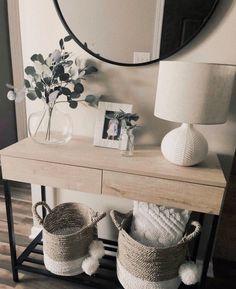 Hallway Table Decor, Entryway Console Table, Entryway Decor, Bedroom Decor, Console Tables, Hallway Ideas, Entry Tables, Console Table Styling, Entryway Ideas