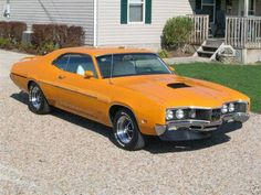 Only Cyclone Spoilers built for 1970 and only available in certain colors! 70s Muscle Cars, American Muscle Cars, Mercury Cars, Car Crash, Car Engine, Police Cars, My Ride, Vintage Cars, Dream Cars
