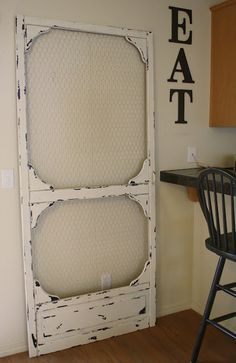 Painted pantry door chicken wire 63 Ideas for 2019 Old Screen Doors, Old Doors, Screen Door Pantry, Vintage Screen Doors, Diy Screen Door, Painted Furniture, Diy Furniture, Furniture Plans, System Furniture