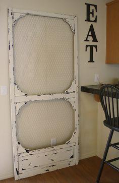 Painted pantry door chicken wire 63 Ideas for 2019 Old Screen Doors, Doors Repurposed, Decor, Home Goods, Diy Screen Door, Diy Furniture, Diy Door, Home Decor, Painted Pantry