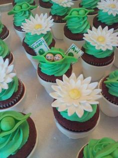 Twins Baby Shower Cupcakes!